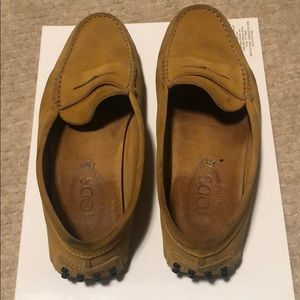 Tod's Gommini Driving Loafer